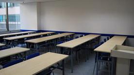 成都卓越学校教室