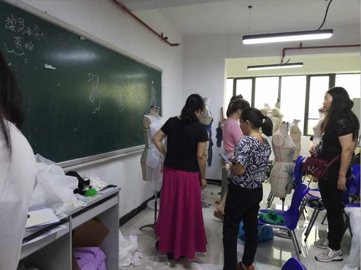广州兼职服装设计师_广州服装设计培训班多少钱 广州服装设计师综合班