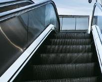 电梯安全使用与管理