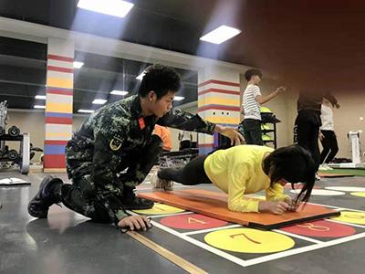 瑜伽培训课程